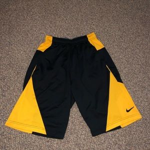 DRI-FIT Nike Black and Yellow Basketball shorts